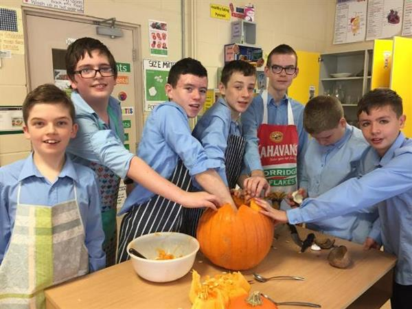 1st Yr Home Economics Students prepare for Halloween
